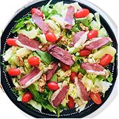 Salade Magret de la pizzeria la Tour de Pizz à Bourg les Valence